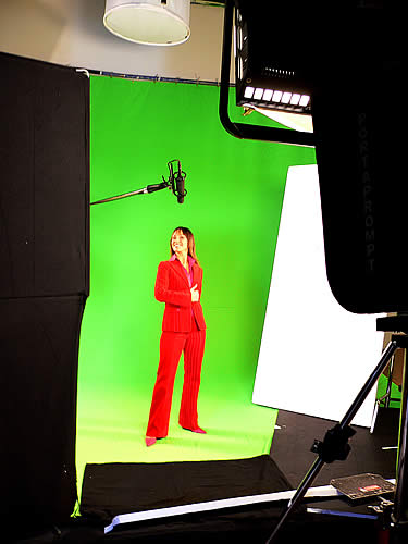 Lynn Taylor Green Screen � Advert for Speed Auction TV